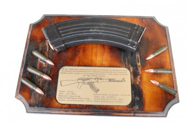 AK47 Descriptive board + magazine 7,62 collection